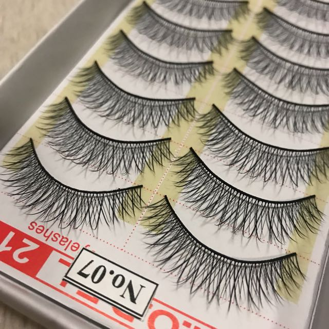 False eyelashes size no.7