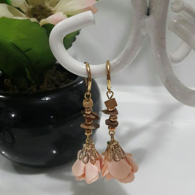 Flower Drop Earrings - Beige