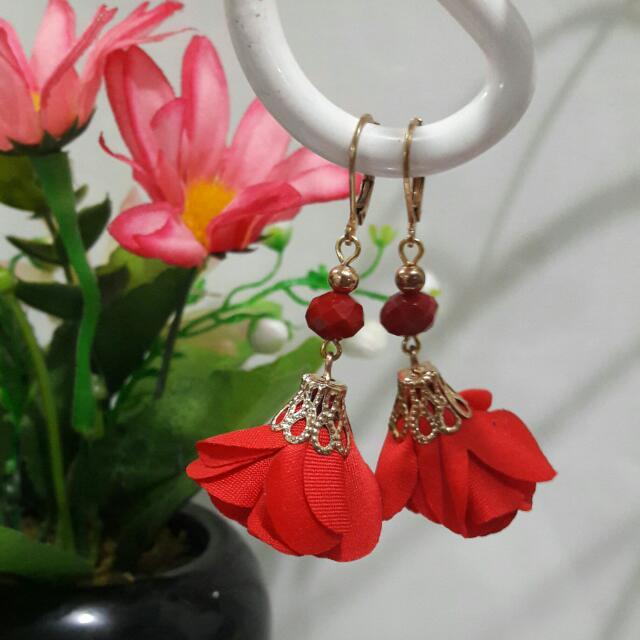 Flower Earrings - Red
