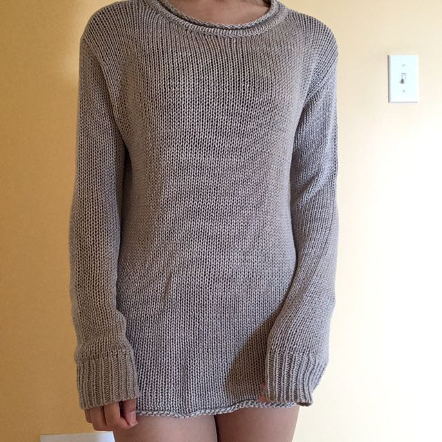 Forever 21 Fall/ Winter Knit Sweater
