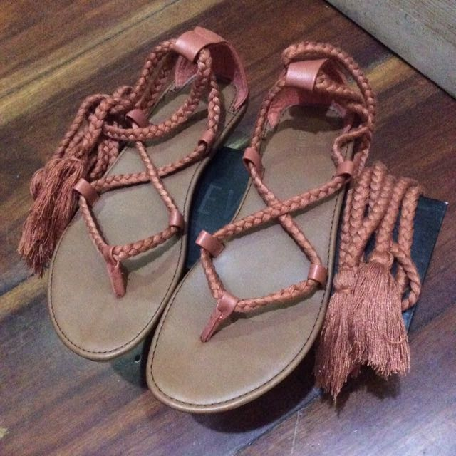 Forever 21 Sandals Dusty Pink 2e5ee7884d64