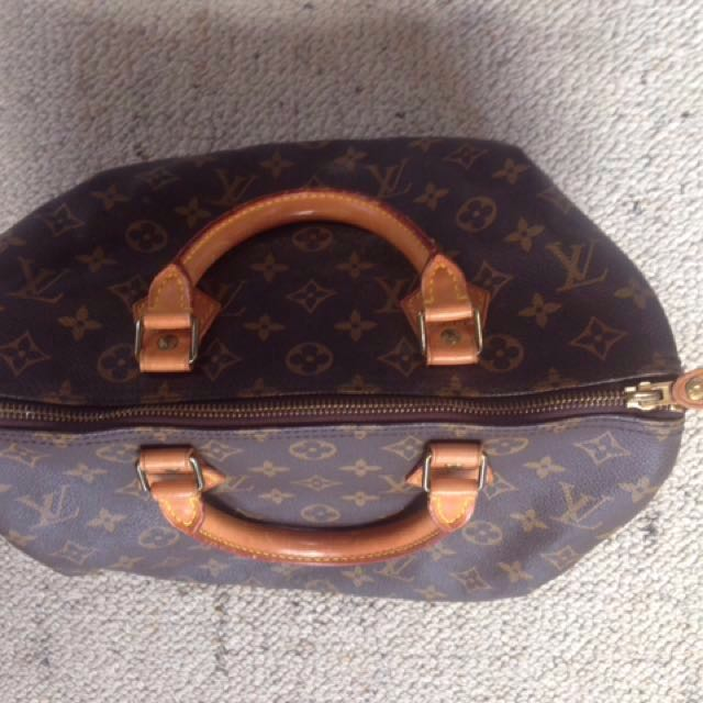 86055663cd0a Genuine Louis Vuitton Handbag vintage 30
