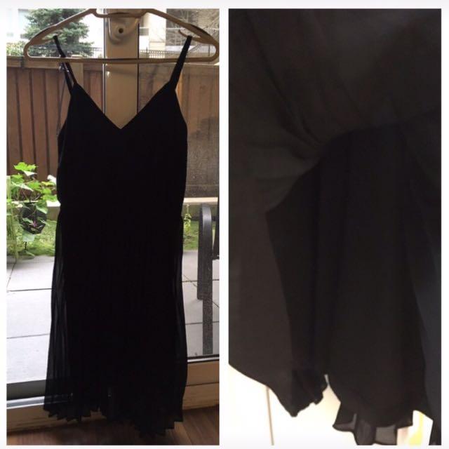 Haight & Ashbury black pleated dress