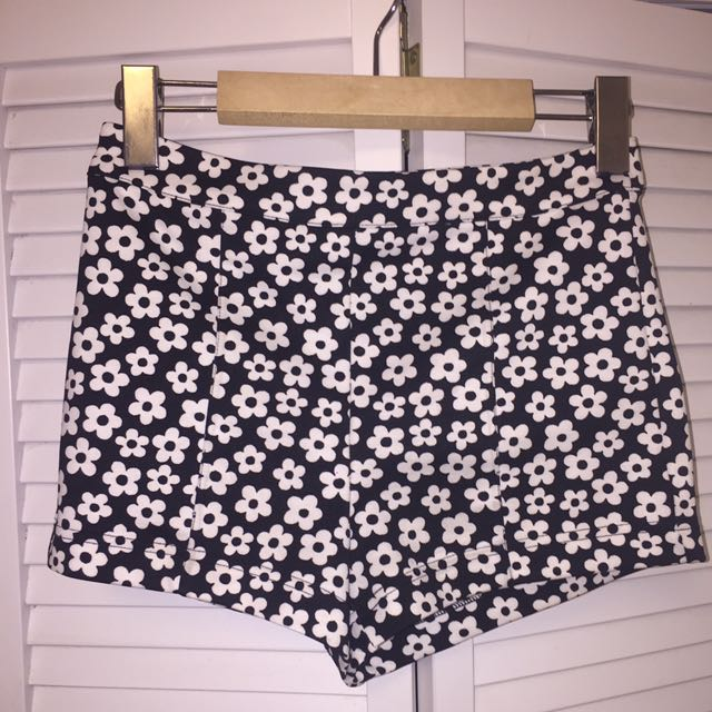 High waisted flower print shorts