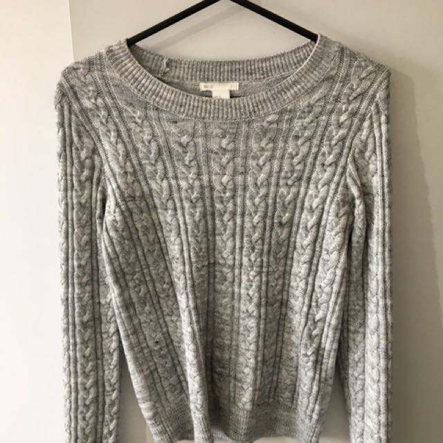H&M Grey knitted sweater