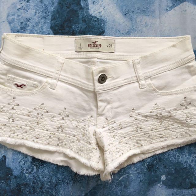 ef8557e18e41e HOLLISTER (Abercrombie) white denim shorts with embroidery, Women's ...