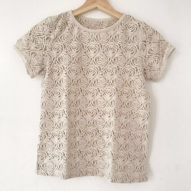 MDS Collection rose lace top