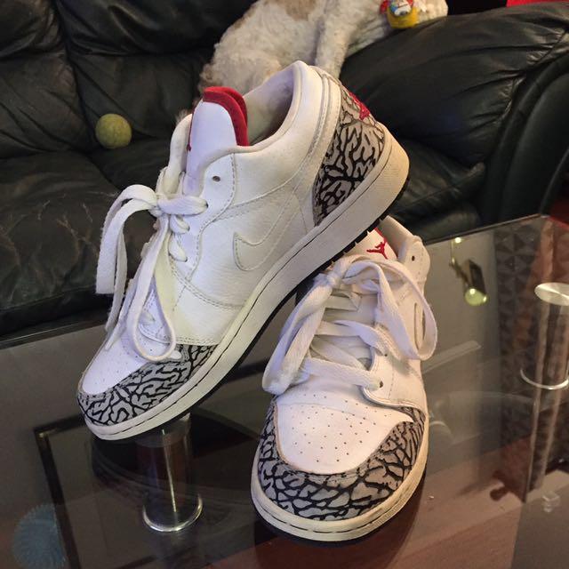 PRICE REDUCTION * Size 7 White Jordans
