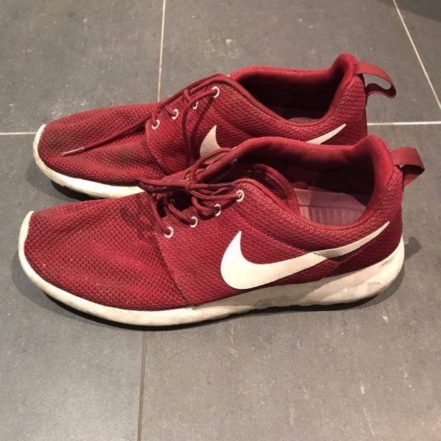Roshe run original mens size US10