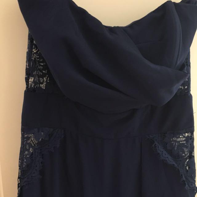 White Closet navy gown size 8