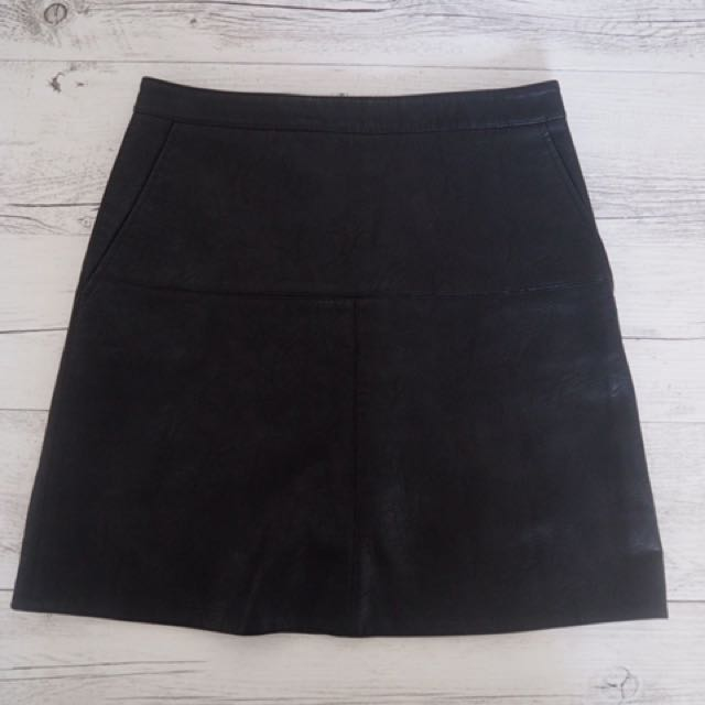 Zara leather like mini skirt