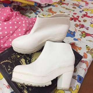 Adorable Projects - White Pearl Heels