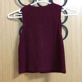 Red knitted sleeveless Crop Top