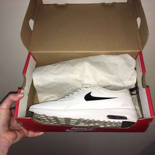 Authentic Women's Nike Thea