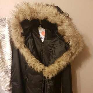 Faux fur winter jacket.size medium. Great condition