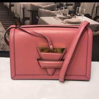 Puzzle Barcelona pink bag 袋
