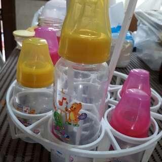 Feeding bottles barney with free rack