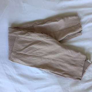 Aritzia Wilfred Structured Pant size 8