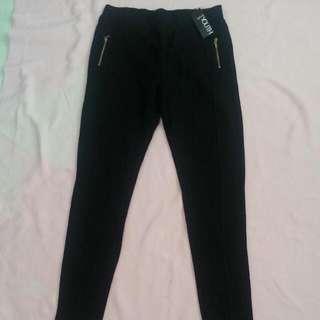 Splash Black Legging Size 8 (Medium)