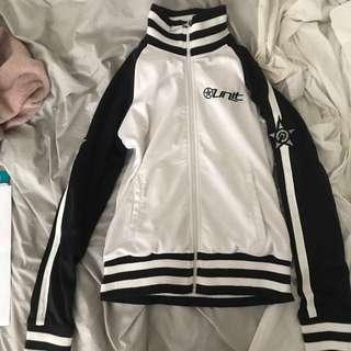 Jacket unit