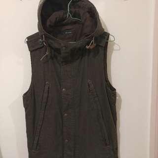 Johnbull Vest w/ hood