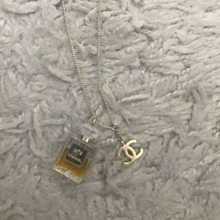Chanel 香水頸鏈 (95% new with box )