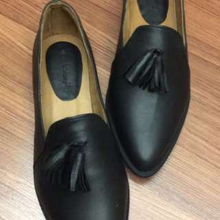 Made to order: Cecille Loafers