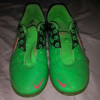 auth nike