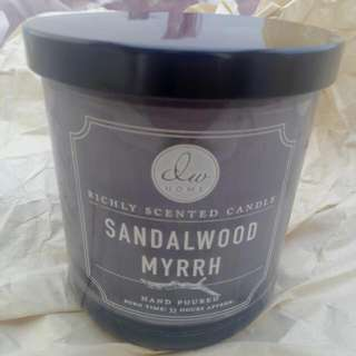 Richly scented candle Vanilla Bean
