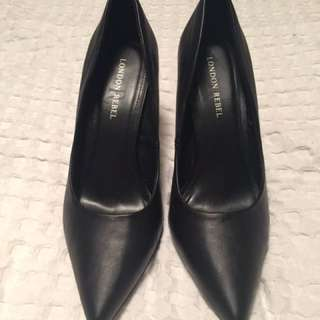 Black Stiletto Heels - Size 9