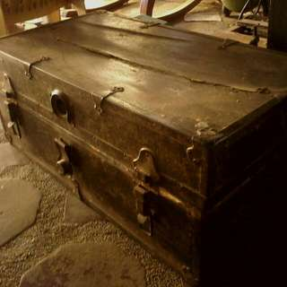 110 Year Old Chest - FREE to Authenticate