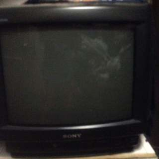 14 inc sony tv