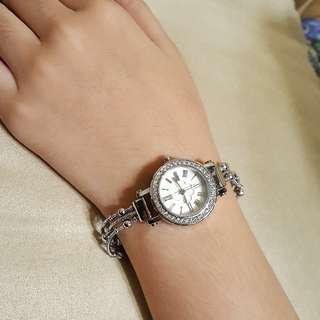 🚚 KEZZI手鍊錶