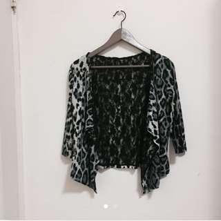豹紋蕾絲罩衫