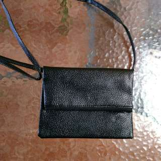 Basic Sling Bag
