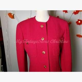 割價65折Chanel Red Jacket