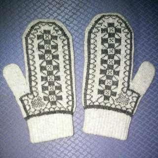 含運棉毛手套