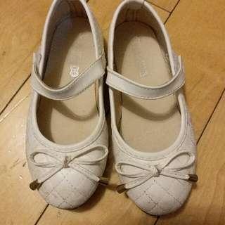 32碼女童鞋