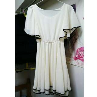 義賣#雪紡米白洋裝