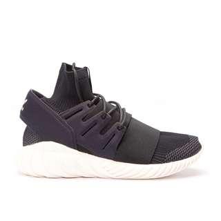 Adidas - tubular doom - US9