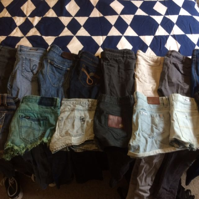 27 Items Jeans/shorts
