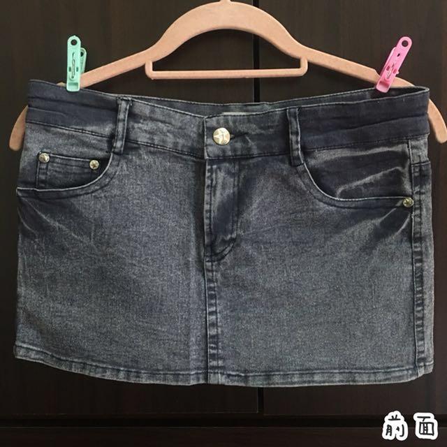 💙 休閒百搭 刷色側邊口袋合身牛仔短裙 丹寧