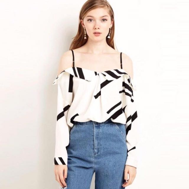 Abstract Fashion Off shoulder