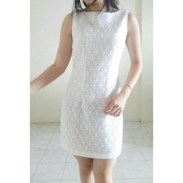 Baju Dress Gaun Senaker Preloved Branded White Lace Dress-mds, Love Bonito, Neonmello, Lilypirates