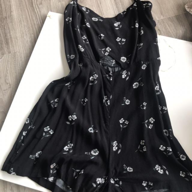 Black flower play suit