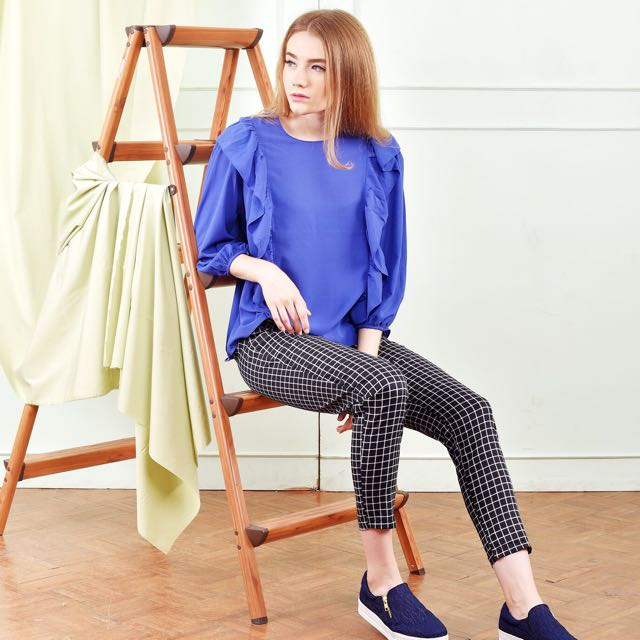 blanik blue blouse
