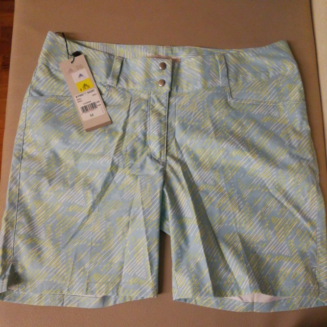 claridad Notorio Hacer deporte  Brand new Ladies Adidas Golf Shorts, Sports, Sports Apparel on Carousell