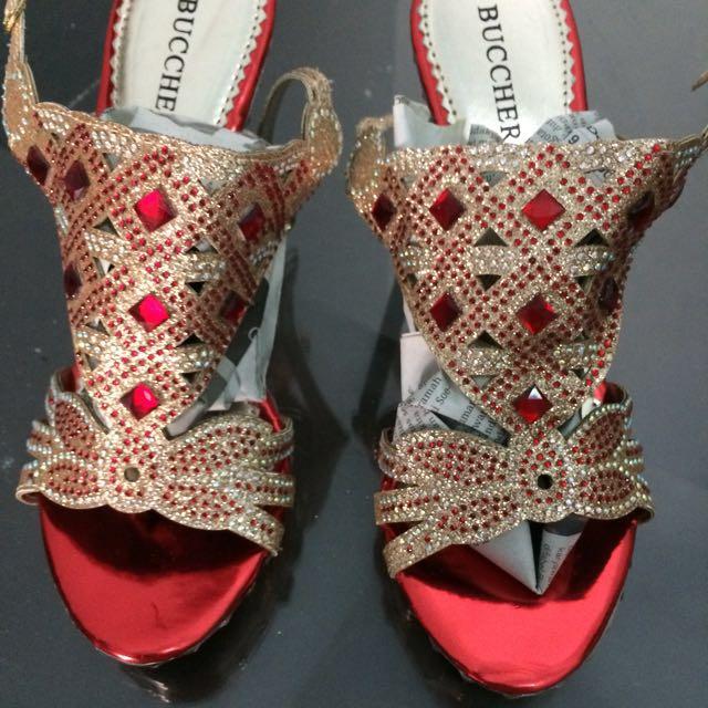 bucheri heels