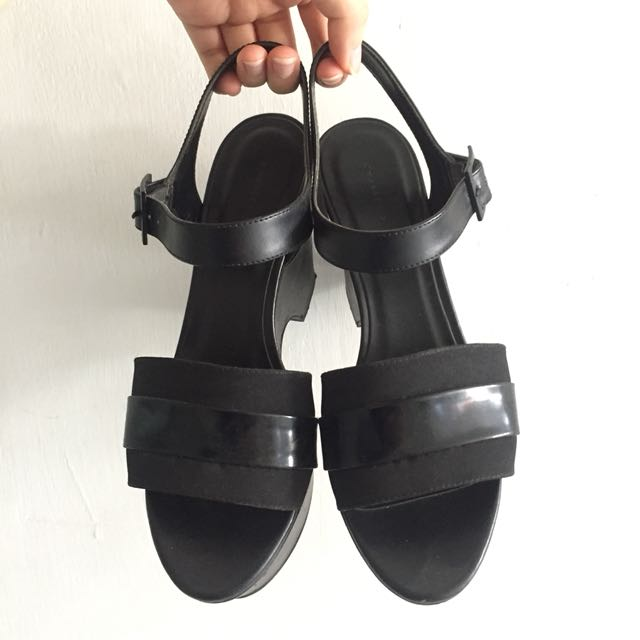 Charles & Keith Black Wedges