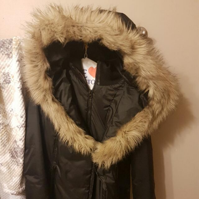 Faux fur winter jacket.size medium. Great condition